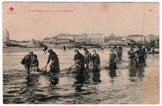 Postal de Leça - Lavando sardinha