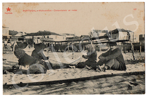 Postal antigo Portugal - Matosinhos - Concertando as redes. Edição Estrela Vermelha