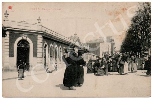 Postal antigo Porto - Praça do Peixe. Edição Estrela Vermelha