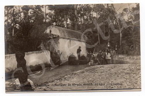 Postal antigo de Santarém - Nascente do Alviela, entrada da água para Lisboa