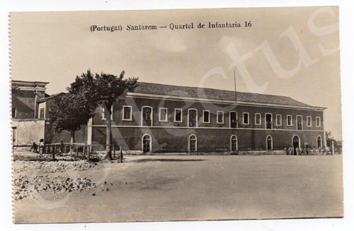 Postal antigo de Santarém - Quartel da Infantaria 16