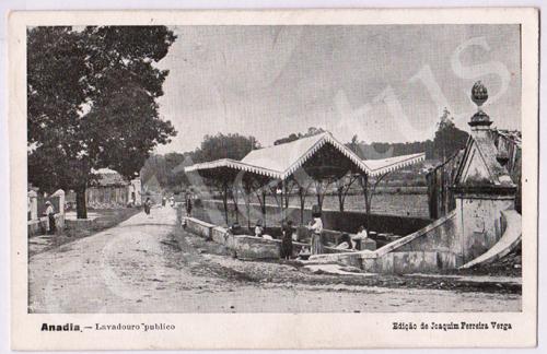 Postal antigo da Anadia - Lavadouro público